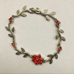 Jewelry - Red flower bracelet